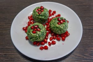 Pkhali formed into balls