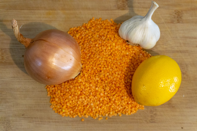 Core ingredients of this lentil soup recipe