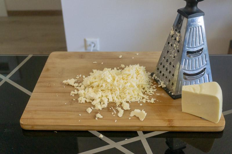 Grating Georgian cheeses